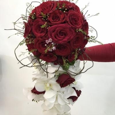 bridal holder